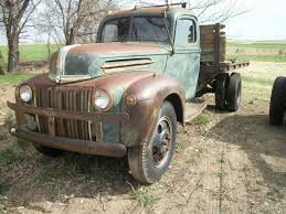 Old truck like at Many Point