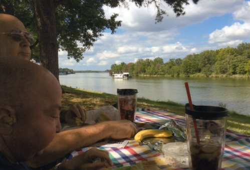 Jeremy picnic Arkansas River 2015029